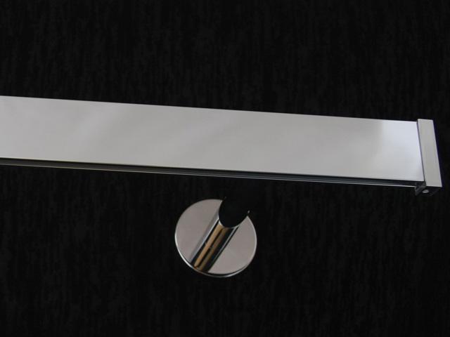 karnisz-mosiadz-stal-nierdzewna-zegar-modern40-poj-IP